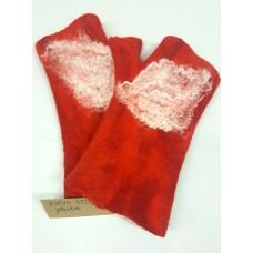 Felt gloves