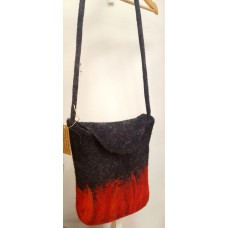 Felted bag grey-red